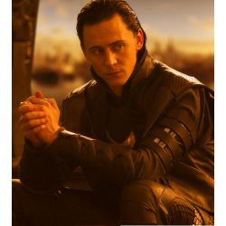 Finding Your Way In The Dark (A Loki Fanfic)