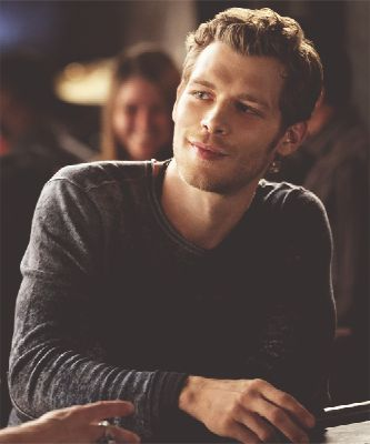 What can I to do?(Klaus mikaelson love story)
