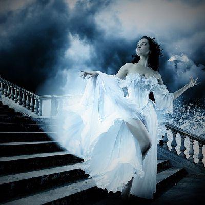 The Moon's Daughter- A Twilight Saga Fanfiction